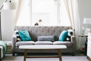 Cool 17 Tips To Arrange Pillows Like A Designer Supreme Accents Dailytribune Chair Design For Home Dailytribuneorg