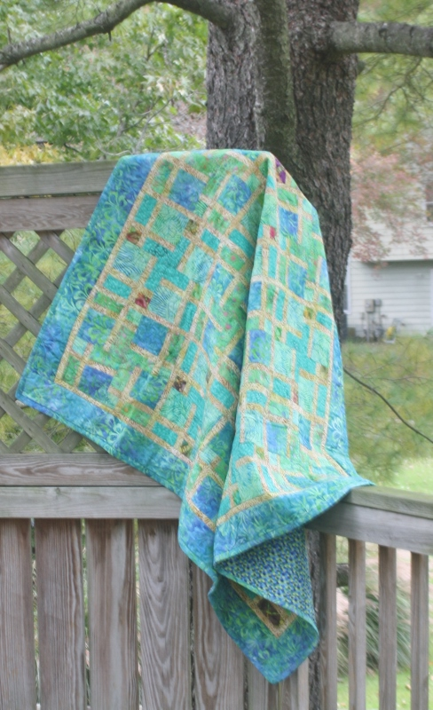 Supreme Accents Leafy Greens quilt
